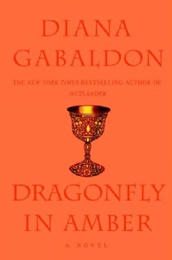 Dragonfly in Amber (Hardcover)