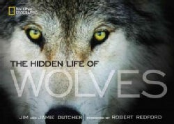The Hidden Life of Wolves (Hardcover)