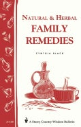Natural and Herbal Family Remedies (Paperback)