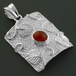 Sterling Silver Red Onyx Tree Bark Pendant (India)