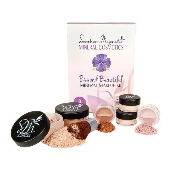 Southern Magnolia Beyond Beautiful 8-piece Natural Mineral Makeup Kit