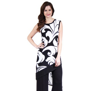 24/7 Comfort Apparel Women's Abstract Wave Slant Hem Tunic