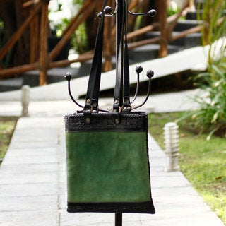 Handcrafted Suede Leather 'Mexican Chic' Shoulder Bag (Mexico)