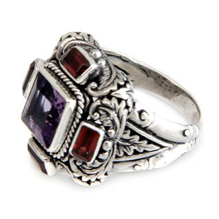 Sterling Silver 'Temple Guardian' Garnet Amethyst Ring (Indonesia)