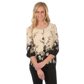 Journee Collection Women's Printed Crochet Collar Blouse
