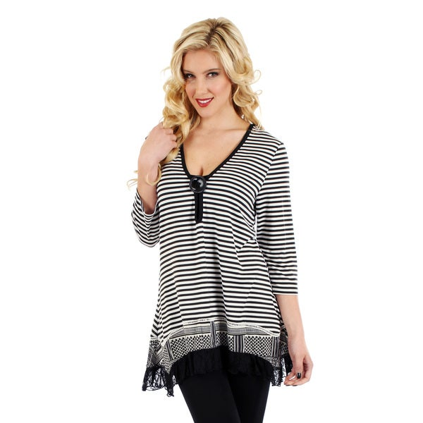 Firmiana Women's Black and White Striped Button-accent Top