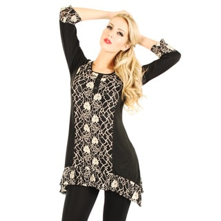 Firmiana Women's Black and Beige Lace Panel 3/4-sleeve Top