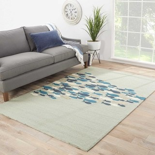 Indoor/ Outdoor Animal Pattern Green/ Green Area Rug (7'6 x 9'6)