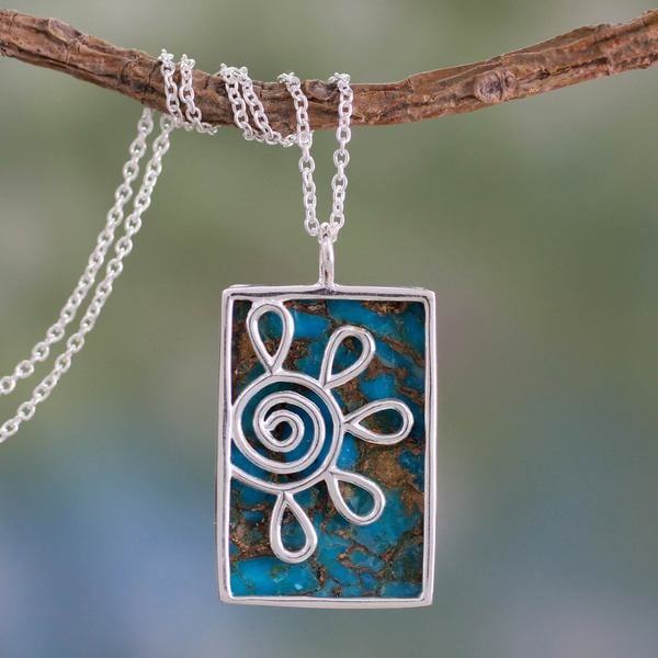 Handcrafted Sterling Silver 'Blue Blossom' Turquoise Necklace (India)