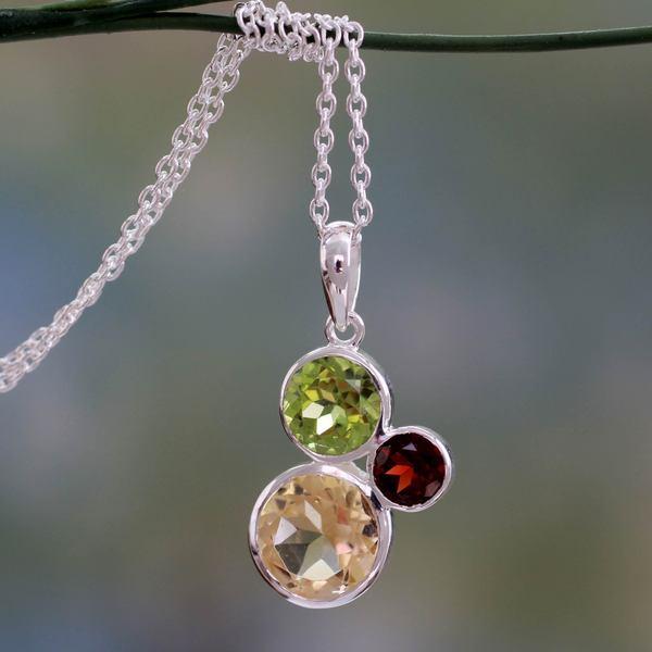 Sterling Silver 'Alluring Trio' Multi-gemstone Necklace (India)