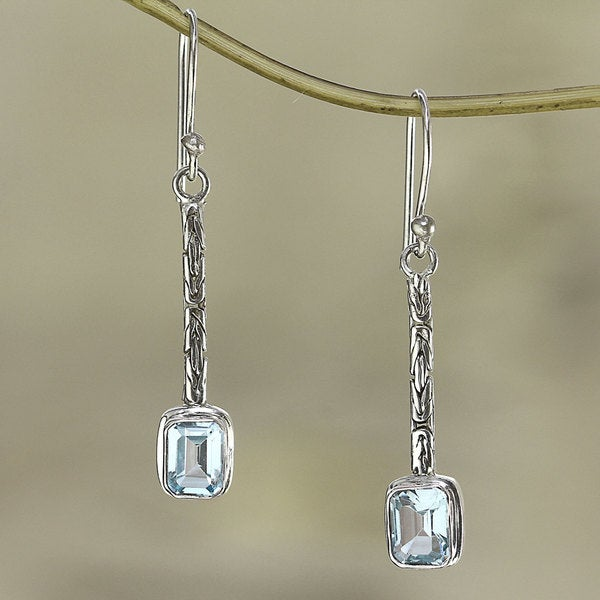 Sterling Silver 'Cool Lagoon' Blue Topaz Earrings (Indonesia)