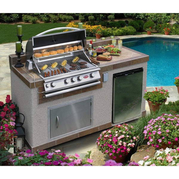 Cal Flame Oudoor Kitchen 4-burner Barbecue Grill Island with Refrigerator