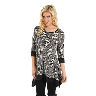 Women's Black/ White Print 3/4 Sleeve Sidetail Top