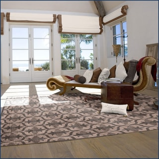 Welspun Clover Shadow Area Rug (2' x 5')