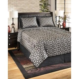 Signature Designs by Ashley Maze Onyx 4-piece Comforter Set