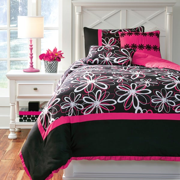 Signature Designs by Ashley Razzi Pink and Black Floral Comforter