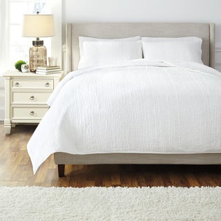 Signature Designs by Ashley Hand Quilted White 3-piece Comforter Set
