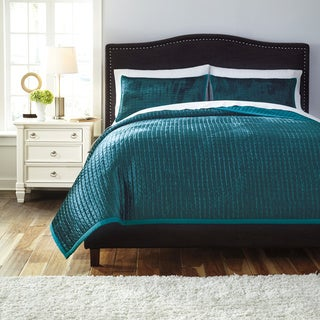 Signature Designs by Ashley Quilted Peacock 3-piece Comforter Set