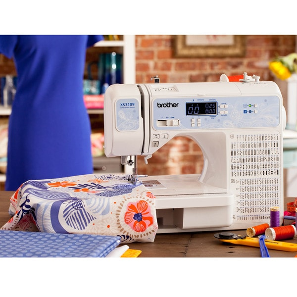 Computer Sew amd Quilting Machine