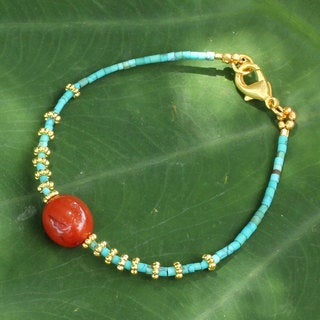 Handcrafted Gold Overlay 'Sun Fire' Carnelian Bracelet (Thailand)