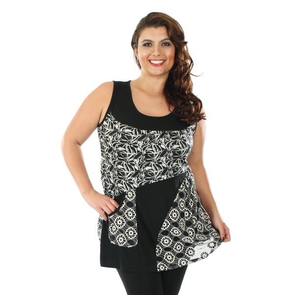 Firmiana Women's Plus Size Black and White Mixed Pattern Sleeveless Lace Top