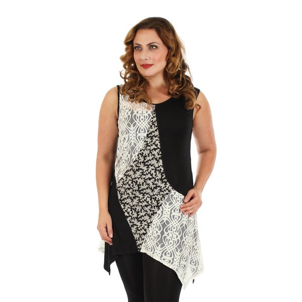 Firmiana Women's Plus Size Sleeveless Black/ White Lace Mixed Print Top
