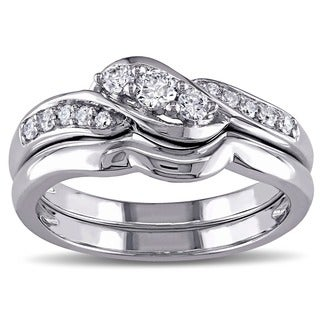 Miadora 10k White Gold 1/4ct TDW Diamond 3-stone Bridal Ring Set (G-H, I1-I2)