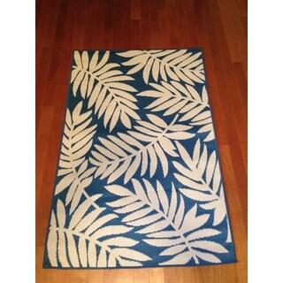 Woven Floral Blue/ Beige Indoor/ Outdoor Rug (3' x 5')