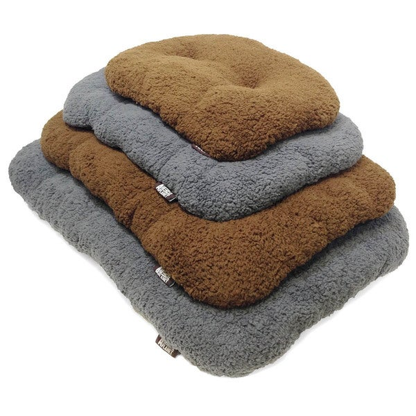 Animal Planet Sherpa Pillow Tufted Pet Bed/ Crate Mat