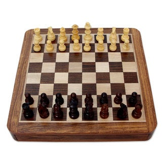 Handcrafted Seesham Wood 'Challenger's Match' Chess Set (India)