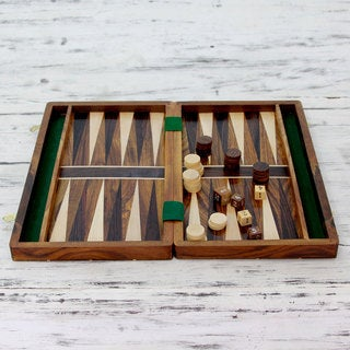 Handcrafted Sheesham Wood 'Winning Strategy' Backgammon Set (India)