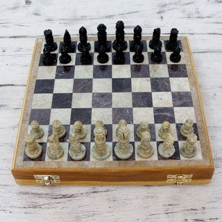 Handcrafted Soapstone 'Royal Challenger' Chess Set (India)