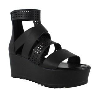 Fahrenheit Women's Angela-09 Lug Sole Platform Sandals