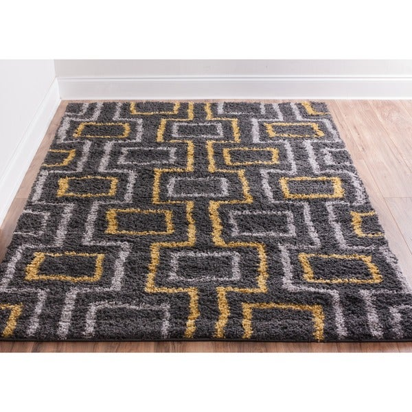 "Well Woven Soft and Plush Boxes Lines Grey Gold Polypropylene Rug (6'7"" x 9'10"")"