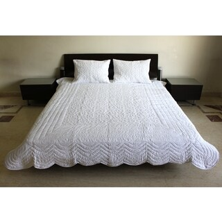 Camille White Cotton 3-piece Queen Quilt Set (India)