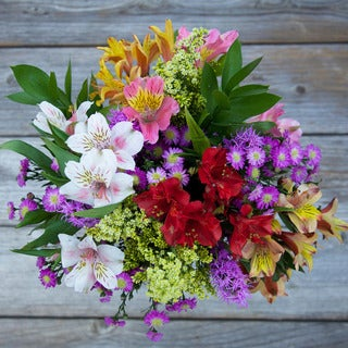The Bouqs California Collection 'Adoration' Single Mixed Bouquet