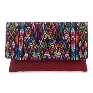 Handcrafted Cotton 'Chichicastenango Fantasy' Clutch Bag (Guatemala)