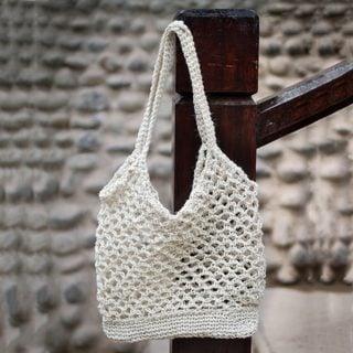 Handcrafted Jute 'Ivory Textures' Shoulder Bag (Peru)