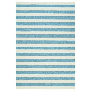 Handmade Indoor/ Outdoor Getaway Blue Stripes Rug (8' x 10')