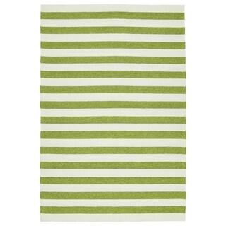 Handmade Indoor/ Outdoor Getaway Apple Green Stripes Rug (9' x 12')