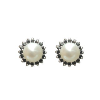 Freshwater Pearl and Black Spinel Sunflower Stud Earrings (7-8 mm)