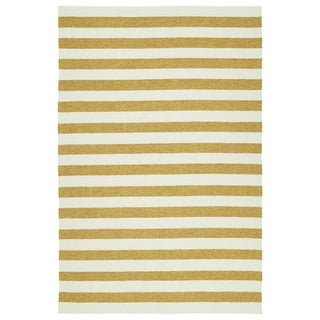 Handmade Indoor/ Outdoor Getaway Gold Stripes Rug (2' x 3')