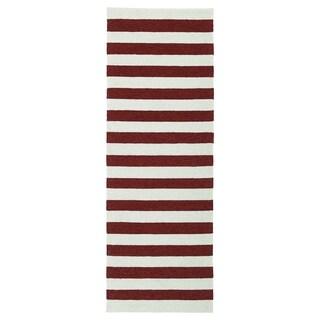 Handmade Indoor/ Outdoor Getaway Red Stripes Rug (2' x 6')