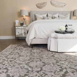 Madison Taupe/ Grey Area Rug (7'7 x 10'6)