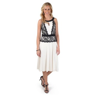 Sangria Women's Sleeveless Lace Dress