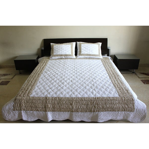 Vibrant 100-percent Cotton Quilt Set (India) 15285862