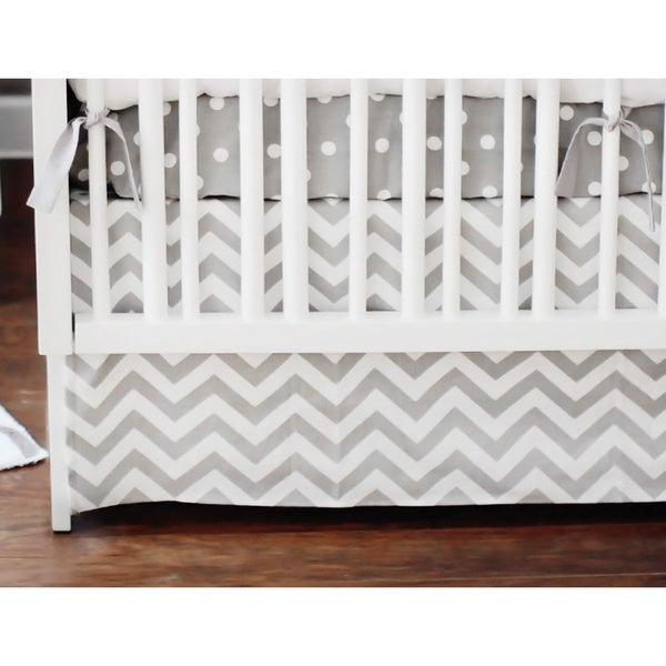 New Arrivals 2-piece Zig Zag Baby Crib Bedding Set