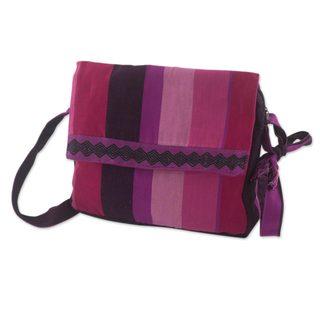 Handcrafted Cotton 'Luscious Purple' Messenger Bag (Guatemala)