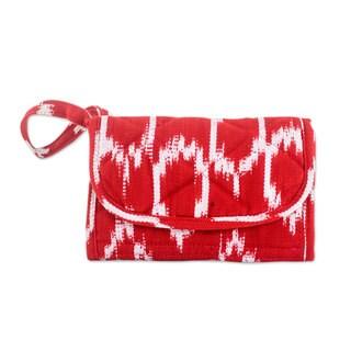 Handcrafted Cotton 'Ruby Maya' Wristlet Bag (Guatemala)