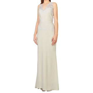 Badgley Mischka Elegant Ivory Lace Bodice Bridal Evening Dress